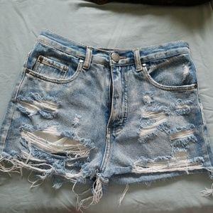 Signature 8 Jean shorts